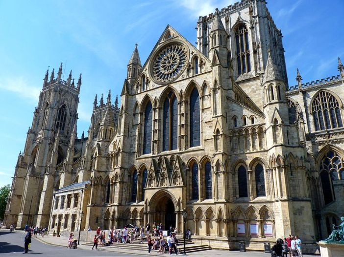 800px-the_southern_facade_of_york_minster